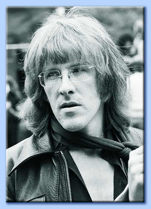 kantner chat He and paul kantner came together and like plutonium halves in a reactor started a chain reaction that still affects many of us today it was a moment of powerful synchronicity i was part of it to be sure, but i was not a prime mover.