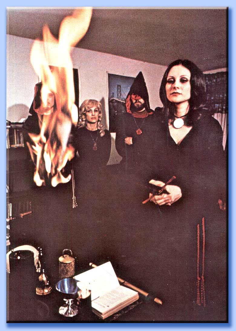 cerimonia satanica