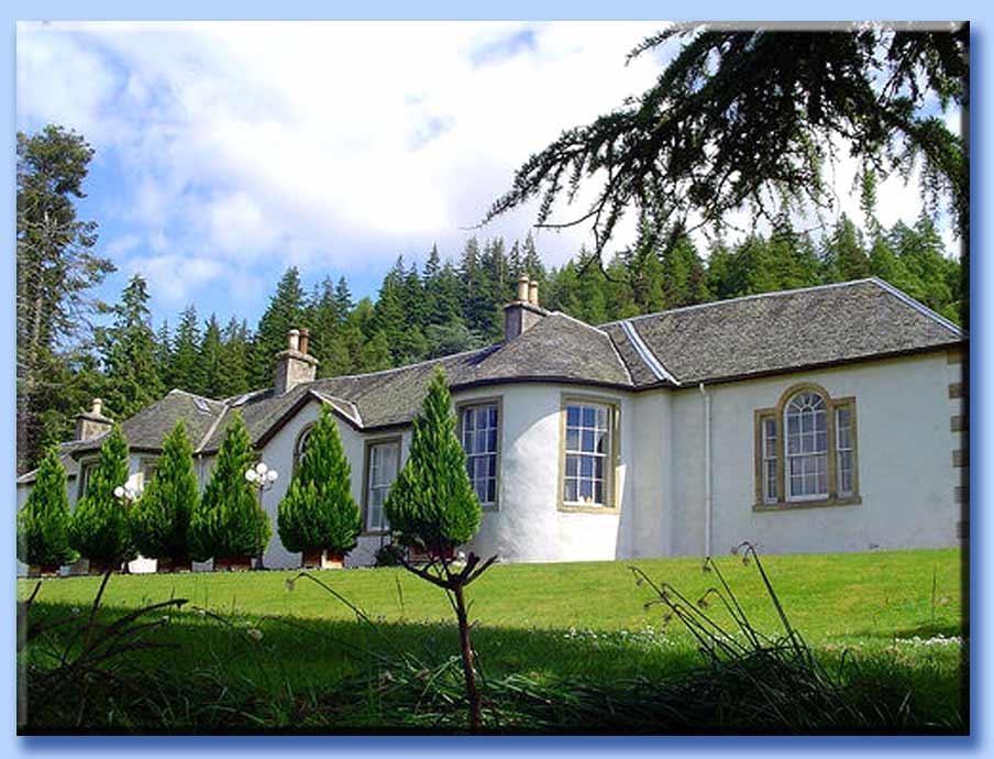 Boleskine House Boleskine house: imgarcade.com/1/boleskine-house